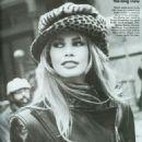 Claudia Schiffer - Vogue Magazine Pictorial [United States] (July 1992) - 454 x 623