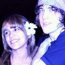 Fabiola Gatti and Andrew Vanwyngarden - 195 x 255