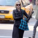 """Kirsten Dunst - """"Out And About In New York"""" (03.11.2009)"""