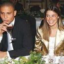 Ronaldo and Daniela Cicarelli - 454 x 362
