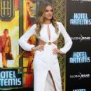 Tanya Mityushina – 'Hotel Artemis' Premiere in Los Angeles - 454 x 681