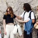 Emma Stone and Dave McCary at holiday in Capri - 454 x 475