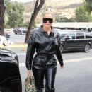 Khloe Kardashian – Goes out for lunch at Plata Taqueria and Cantina in Agoura Hills - 454 x 682