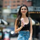 Victoria Justice – Eats ice cream out in New York City