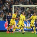 RSC Anderlecht v Paris Saint-Germain - UEFA Champions League - 454 x 256