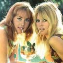 Jeanne Moreau & Brigitte Bardot - 454 x 454