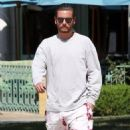 Scott Disick  out running errands in Calabasas, California on August 2, 2016 - 454 x 595