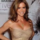 Betsy Russell - 400 x 500