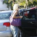 Denise Richards - Shopping In Pacific Palisades, Los Angeles - August 25 2009