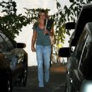 Jennifer Aniston Out In Beverly Hills 2008-03-24