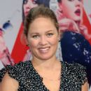 Erika Christensen – 'The Spy Who Dumped Me' Premiere in Los Angeles - 454 x 576
