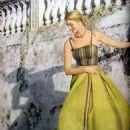 Carmen Dell'Orefice - 454 x 623