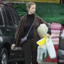 Rachel Griffiths and her two kids shop for some baby stuff and groceries in Encino CA, 01-24-09