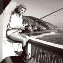 Donna Douglas - 454 x 371