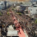 A parade with the stars and filmmakers of The Lord of the Rings trilogy through the streets of Wellington.