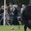 Michelle Dockery – Filming the 'Downton Abbey' in Bath - 454 x 371