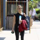 Ashlee Simpson – Leaving Trace Anderson gym in Studio City - 454 x 681