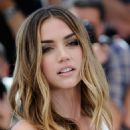 Ana de Armas- 'Hands of Stone' Photocall - The 69th Annual Cannes Film Festival - 454 x 681