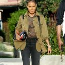 Jada Pinkett Smith – Out and about in Los Angeles - 454 x 722