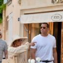 Jennifer Lopez – Strolling on the port during holiday in St Tropez