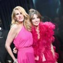 Julia Roberts and Linda Cardellini At The 91st Annual Academy Awards - Show - 400 x 600