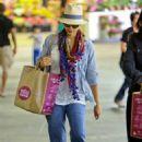Jessica Alba at Whole foods (June 16, 2014)