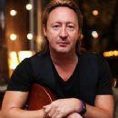 Julian Lennon - 240 x 316