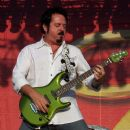 Steve Lukather - 454 x 513