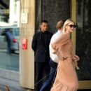 Kelly Rutherford – Shopping in Milan - 454 x 628