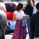 Jenna Dewan at Farmer's Market in Los Angeles - 454 x 629