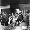 Lady in a Cage - Olivia de Havilland - 352 x 430