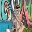 Katy Perry – Photoshoot in Miami - 454 x 682
