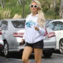 Holly Madison in Shorts – Out in LA