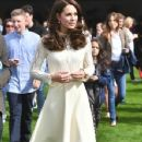 Duchess Catherine, William and Harry attend a tea party