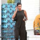 Nicole Murphy – Shopping Candids at Bristol Farms In Beverly Hills - 454 x 649