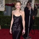 Kate Hudson attends the 58th Annual Golden Globe Awards (January 21, 2001) - 454 x 772