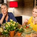 Jamie Lee Curtis and Kristen Bell in Touchstone Pictures' YOU AGAIN