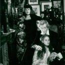 Jane Lapotaire, Peter O'toole, Beatie Edney - 454 x 607