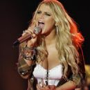 Jessica Simpson - Strawberry Festival Performance, 08.03.2009.