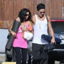 Colin Farrell & His Sister Claudine Hit Up A Yoga Class - 454 x 525