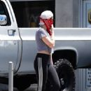 Kristen Stewart – Grabs coffee with friends at Mustard Seed Cafe in Los Feliz