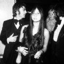 John Lennon and girlfriend May Pang - 454 x 424