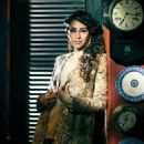 Karisma Kapoor - Hello! Magazine Pictorial [India] (October 2013) - 454 x 566