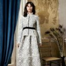 Felicity Jones - Harper's Bazaar Magazine Pictorial [United Kingdom] (November 2016) - 454 x 592
