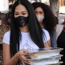 Kimora Lee Simmons – Seen while out Thanksgiving meals to the homeless in Los Angeles - 454 x 705