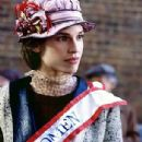 Young Women and the Battle for Women Suffrage Hilary Swank as Alice - 305 x 468