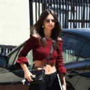Emily Ratajkowski out and about in LA - 454 x 578