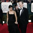 Phoebe Cates and Kevin Kline - The 62nd Annual Golden Globe Awards - 454 x 527