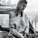 Irina Shayk - Vogue Magazine Pictorial [Brazil] (January 2017) - 454 x 654