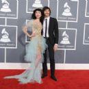 Grammys 2013: Singer Wins Best Alternative Music Album, Best Pop Duo/Group Performance - 454 x 330